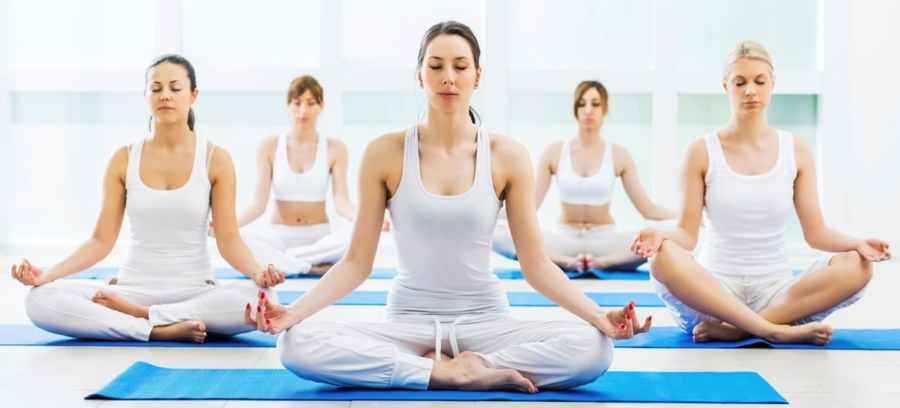 Meditation+shown+during+yoga.+Photo+Credit%3A+https%3A%2F%2Fyogatrade.com%2Fevent%2F200-hour-hatha-yoga-teacher-training-course-in-rishikesh-india%2F