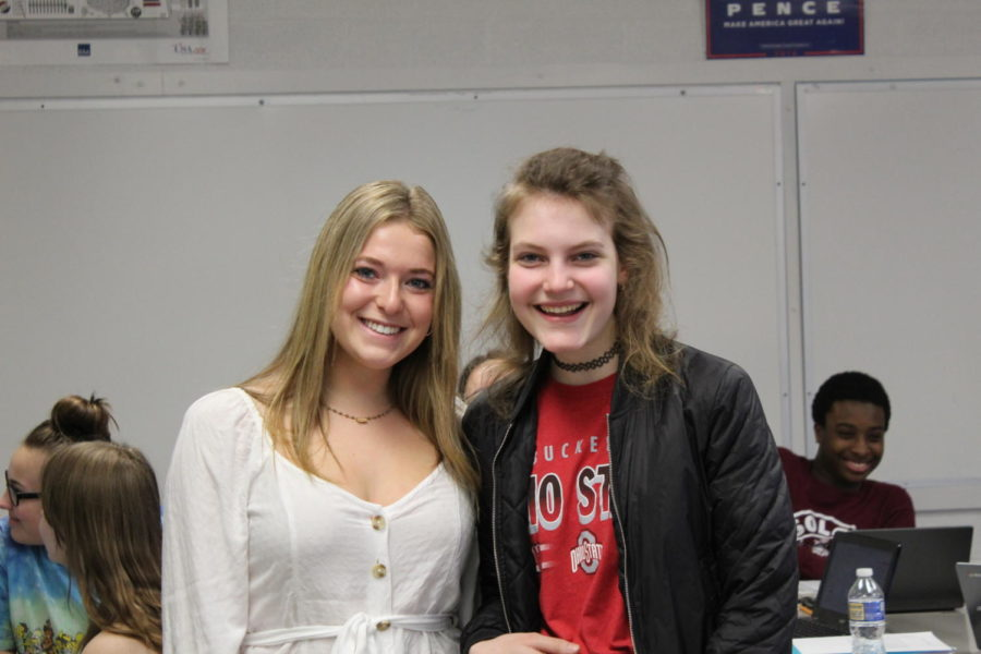 Chelsea Friedman (left) with Peer Leader Emily Livshits (right). Photo taken by a SHS Photo student.